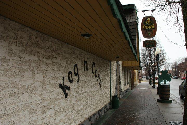 O Keg 'n' Cork é um dos bares de cerveja artesanal em Orlando que servem as melhores cervejas da cidade.