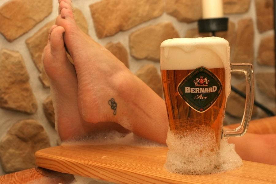 Banho de cerveja em spas em Praga.