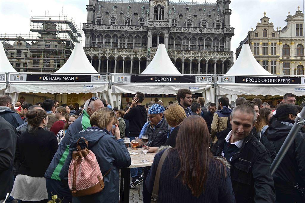 Belgian Beer Weekend na Grand Place em Bruxelas.