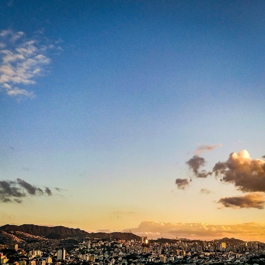 Pôr do sol em Belo Horizonte.