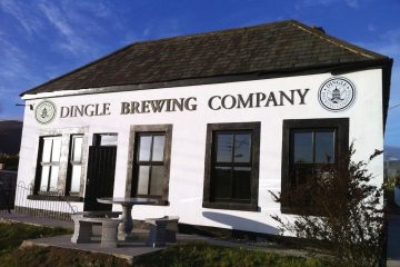 dingle Brewing Company que produz a cerveja artesanal Tom Crean's em Dingle, Irlanda.