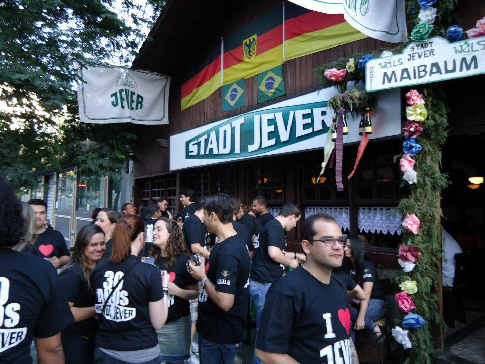 Festa de 30 anos do Stadt Jever.