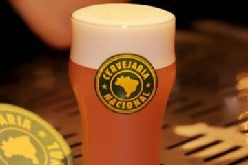 Cervejaria Nacional. Uma fábrica bar em São Paulo.