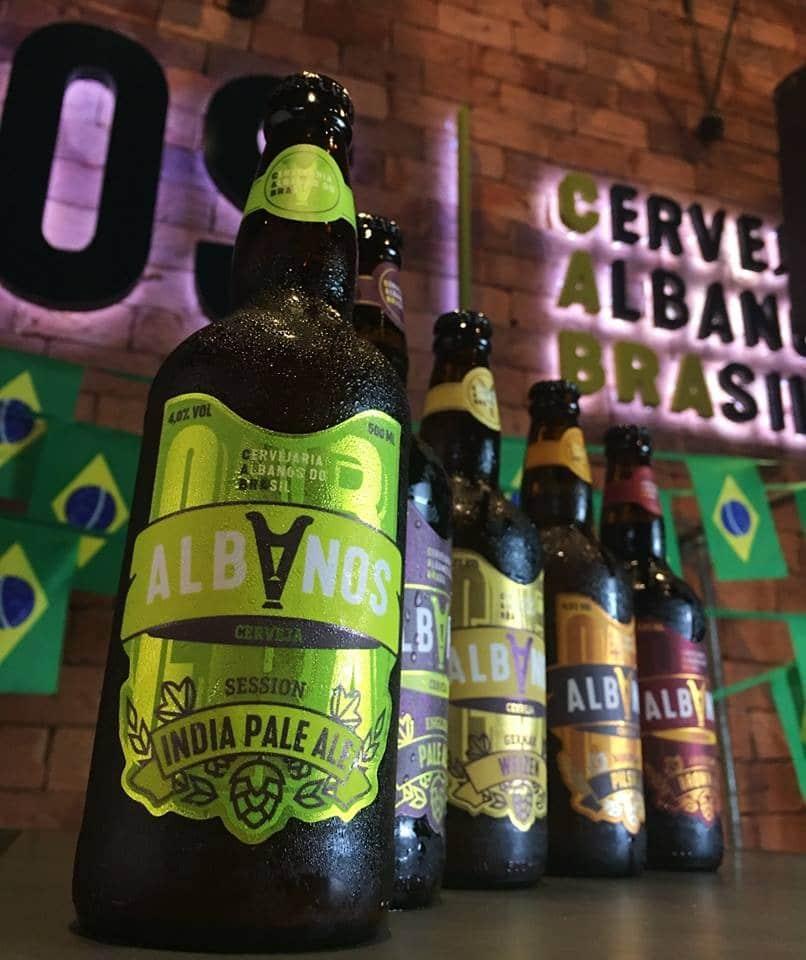 Choperia Albanos é um hub de cerveja artesanal em Belo Horizonte.