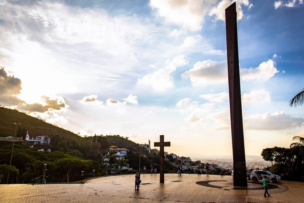 Monumento à Paz na Praça do Papa em BH.
