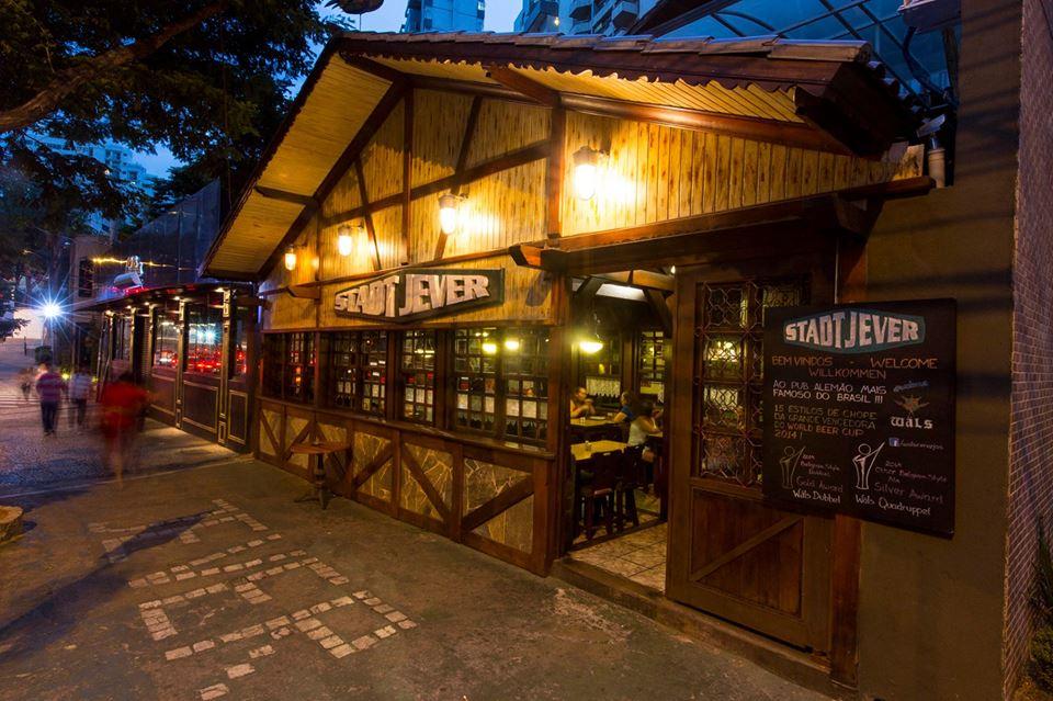 Stadt Jever: bar alemão de cerveja artesanal em Belo Horizonte.