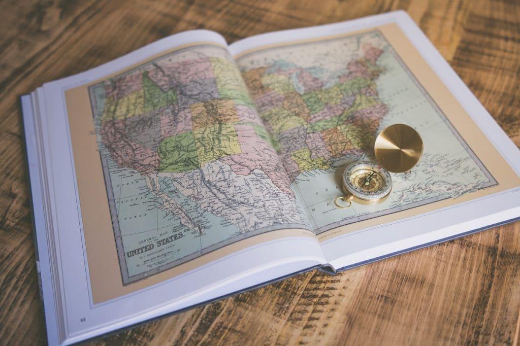 Mapa dos EUA simboliza o tão sonhado visto americano de turismo.