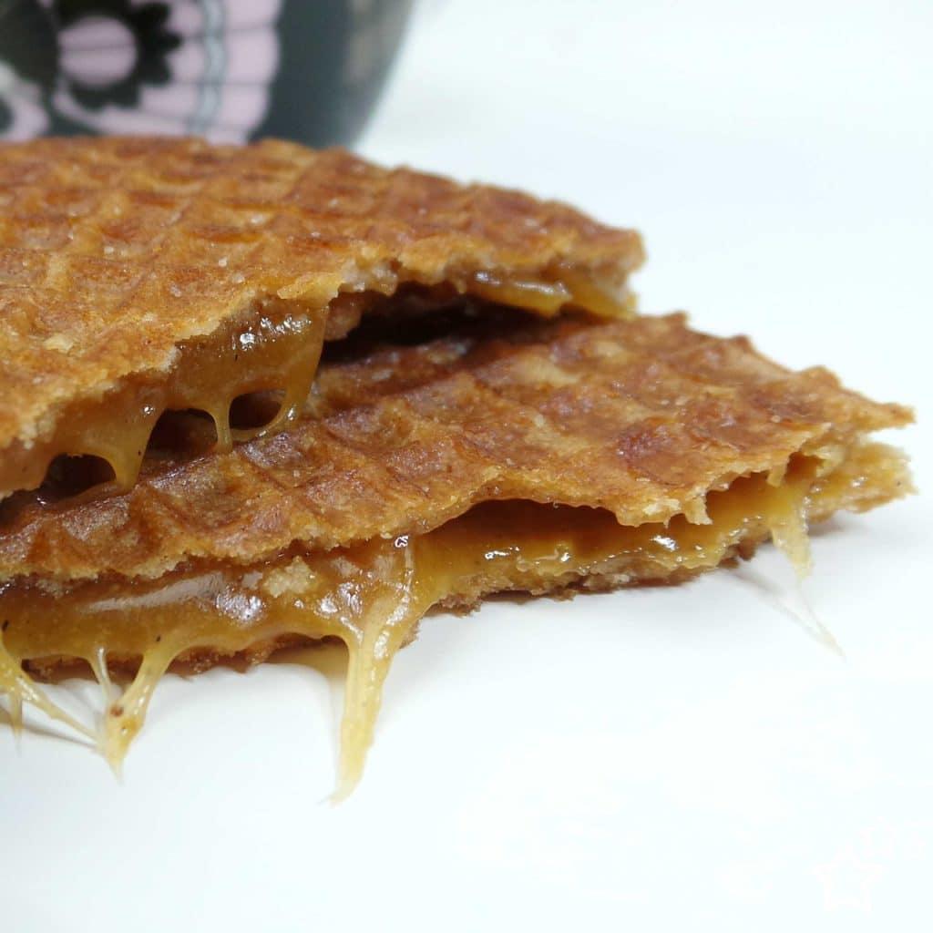 Stroopwafel é uma comida de rua, ou melhor, um doce típico de Amsterdã.