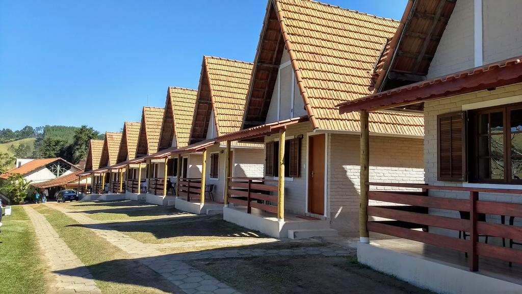 Chalés do Hotel Fazenda Vista Alegre em São Lourenço, MG.
