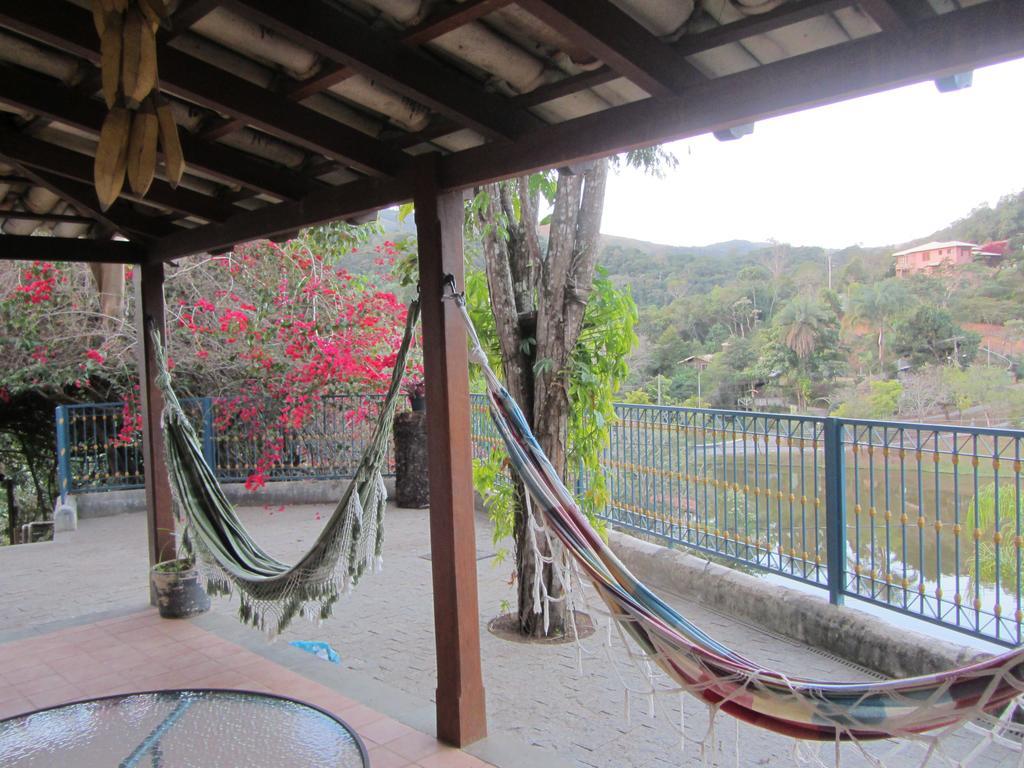 Deck da Pousada do Canto em Rio Acima
