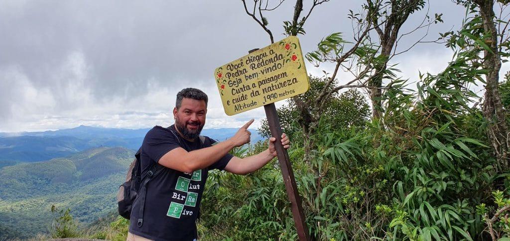 No topo da Pedra Redonda, em Monte Verde, a 1990 metros de altitude.