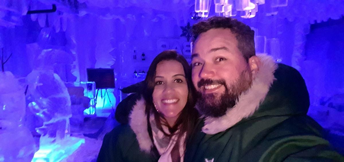 Dentro do IceBar.