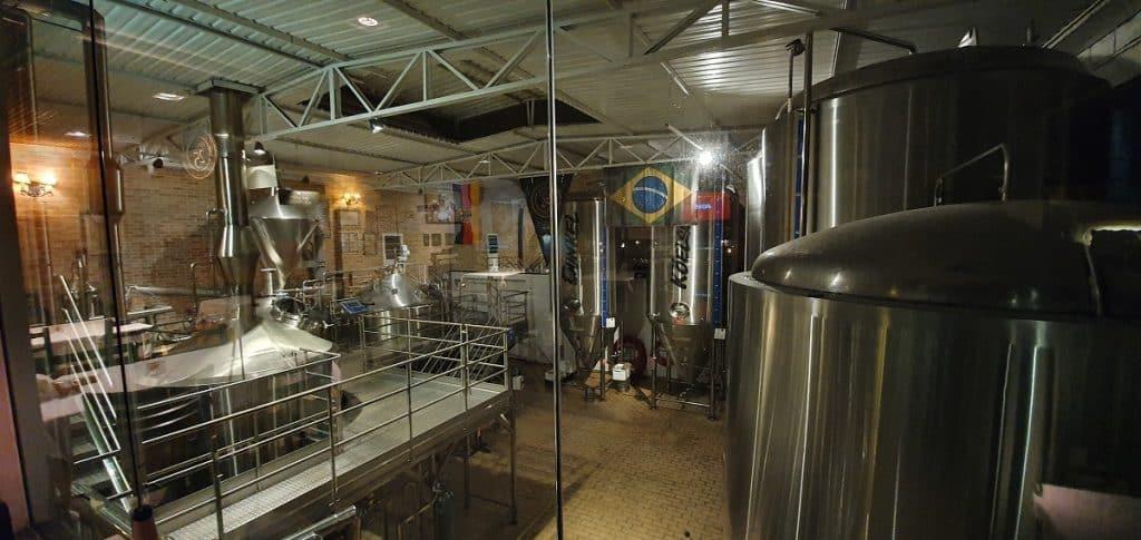 Dentro da Fritz Cervejaria Artesanal