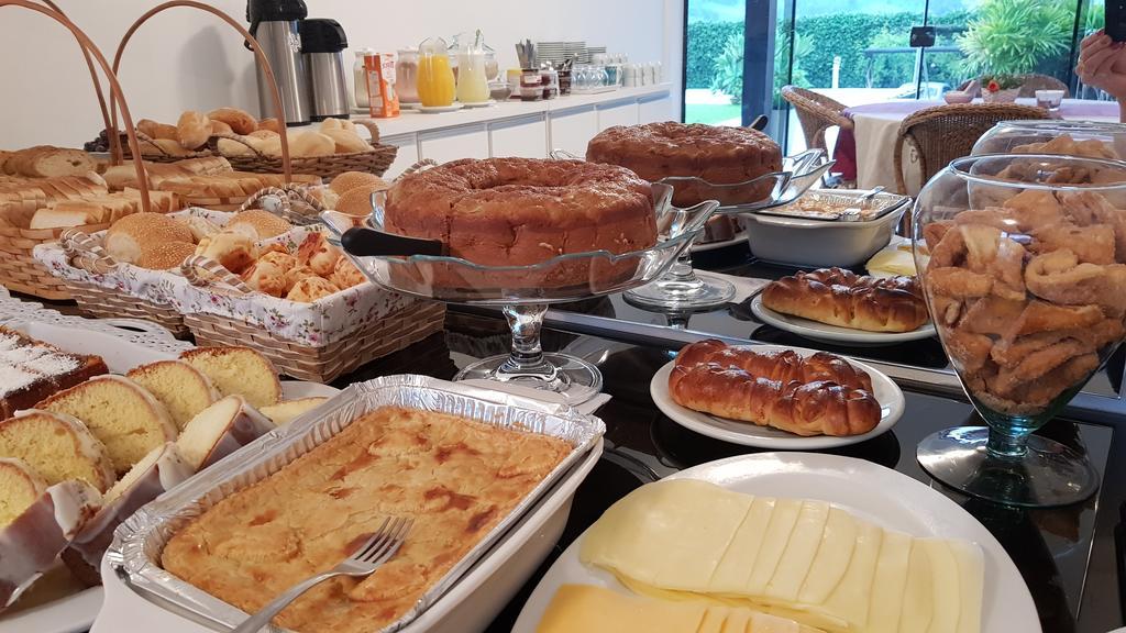 Café da manhã na Pousada Harmonia Pomerana em Pomerode.