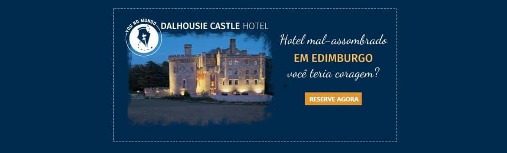Hotel castelo mal assombrado em Edimburgo, na Escócia.