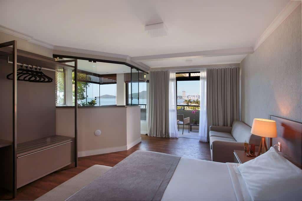 Quarto do Infinity Blue Resort e Spa em Balneário Camboriú, SC.